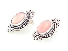 Suarti filigree post earrings with pink mother of pearl