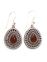 Suarti pendant amber earrings