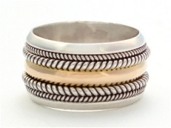 Rope Edged Gold Band Ring
